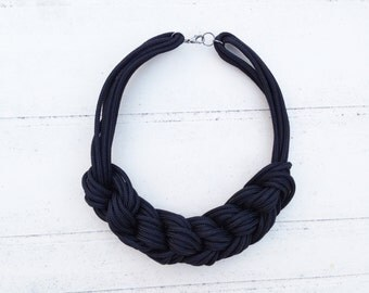 Navy necklace in black rope/Rope Necklace black/knot collar