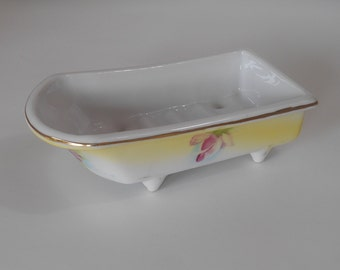 "Vintage ""Bathtub"" Soap Dish"