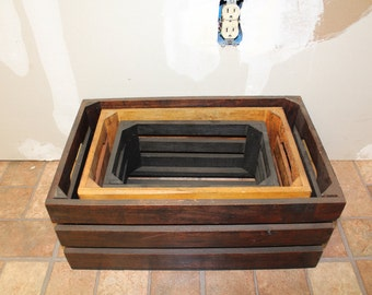 Set of 3 multicolored crates