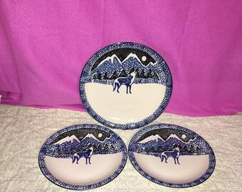 Folk Craft by Tienshan Wolf Blue Sponge Stoneware Chop Plate & 2 Dinner Plates