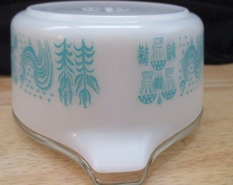 Vintage Pyrex Butterprint (Amish), #472, Cinderella Casserole Dish with Lid, Turquoise on White, 1 1/2pint. 1957 to 1968