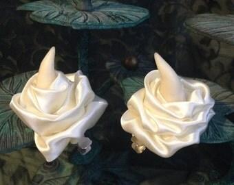 Flower horn hairclips