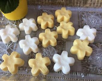 Flower soap favors QTY 4 bags hawaii garden floral wedding birthday guest bath