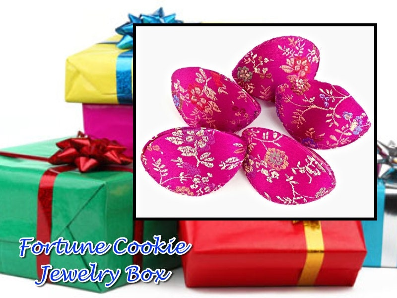 Sale pink fortune cookie gift boxes for jewelry floating for Fortune cookie jewelry box