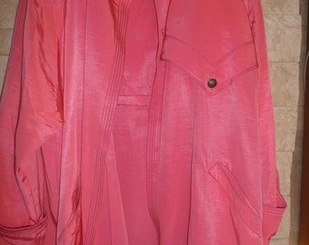 Vintage Gianni Versace beautiful pink womens coat made in Italy size XL