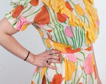 Vintage Dress with Tulip Design   Colorful Floral Sundress