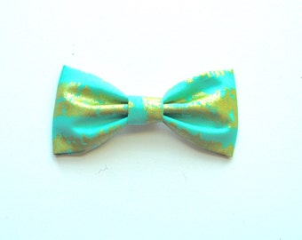 Aqua Streaks cotton bow
