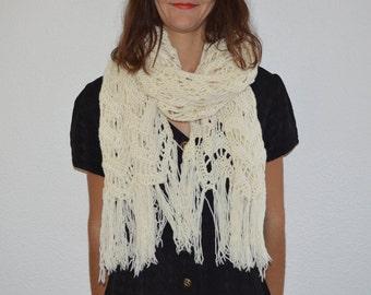 Scarf vintage - white cream - crochet shawl - wool - scarf
