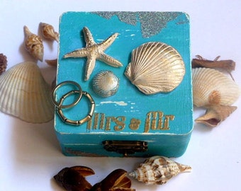 Beach Wedding Ring Box, Nautical Wedding Ring Box, Ring Pillow Alternative, Starfish and Shell Ring Box, Shabby Chic, Outdoor Wedding Ceremo