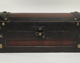 Brown Vintage Style Essential Oil Trunk/box/rack holds 21 (15ml) bottles! Apothecary