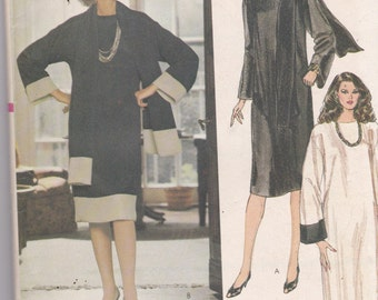 Vogue 8195 Vintage Pattern Womens Loose Fitting Straight Pull Over Dress in 3 Variatons Size 16