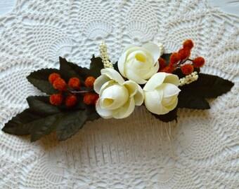 Bridal Flower Hair Comb. Ivory Silk Flower Hair Comb. Wedding Hair Piece. Silk Flower Hair Accessory. Wedding Flower Hair Accessory.