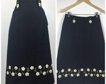 Vintage 60s skirt / 1960s skirt / wool skirt / border print skirt / novelty print skirt / Wiggle skirt / pencil Skirt / floral skirt