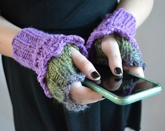 Knit Wrist Warmers, Fingerless Gloves, Arm Warmers, Keep-on-Texting