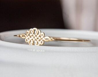 Gold Plated Celtic Knot bangle bracelet/Sailor Knot Bracelet/Nautical Knot Bangle/Nautical Knot Jewelry/Sailors Knot Jewelry/Summer Bangle