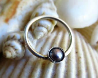 pearl Septum piercing. Pearl Nipple Hoop, septum ring 18g, Pearl Septum Ring