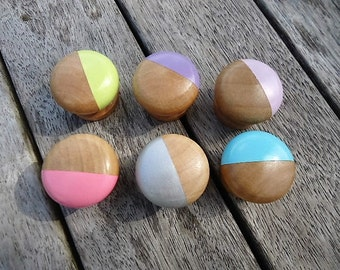 Handpainted small or bigger wooden Knobs - Set of 6