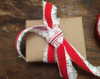 Vintage Velvet Ribbon with Lace