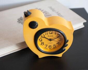 Kids alarm clock yellow chicken, small mechanical clock, bedroom clock working gift children.