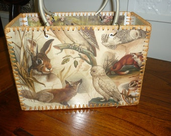 Retro style bag with vintage images of foxes and other woodland animals just like made in the 50-60's.