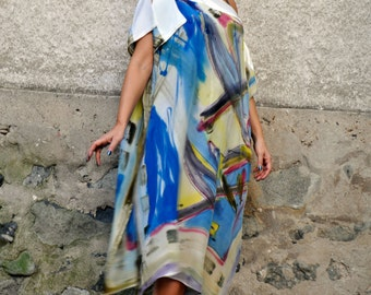 Abstract hand painted silk tunic/Painting casual silk top/Silk 100%/Woman Luxury silk tunic/Summer day loose tunic/Beach coverup /T0225