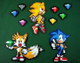 Sonic the Hedgehog perler variety (Super Sonic, Tails, Chaos Emeralds)