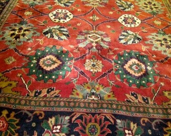 Vintage Authentic Hand Knotted mahal Oriental Rug.