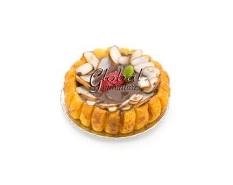 Dollhouse Miniatures Chocolate with Almond & Strawberry Topping Round Tart