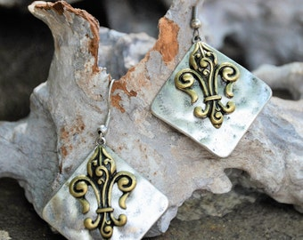 Fleur Di Lis Dangle Earrings