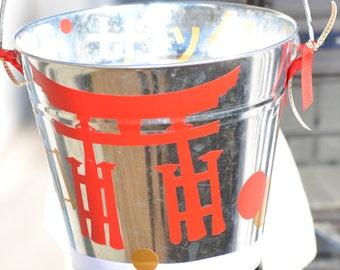 Japan-Themed Decorative Pail
