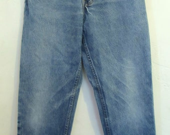 Men's Perfectly Faded Vintage 90's Blue RELAXED Jeans By LEVI'S 550.31x30