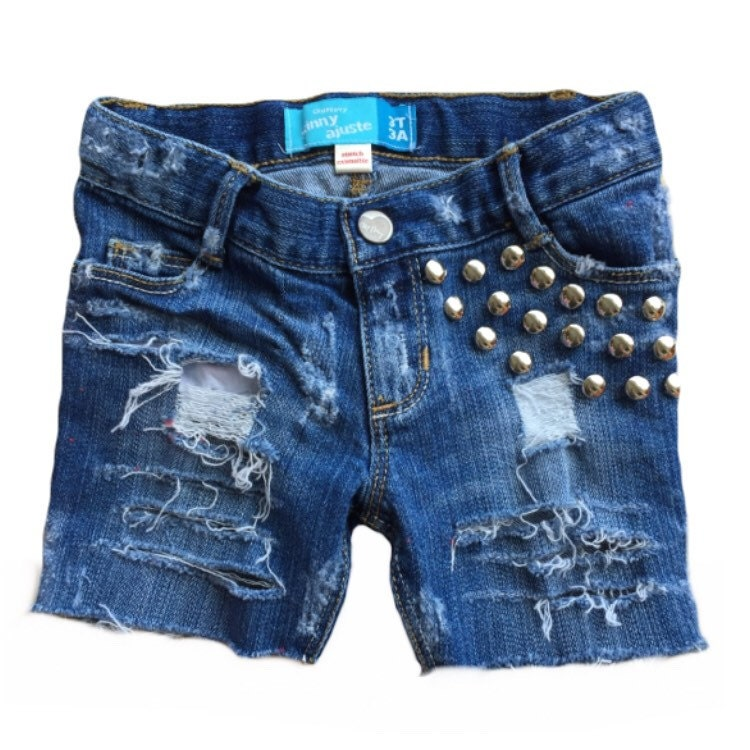 Kids jean shorts from Gap are a fashion favorite for a stylish look. Find kids jean shorts in the latest designs and the hottest colors of the season.