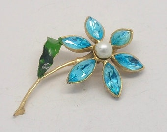 Vintage Light Blue Rhinestone Flower Brooch with Faux Pearl Center