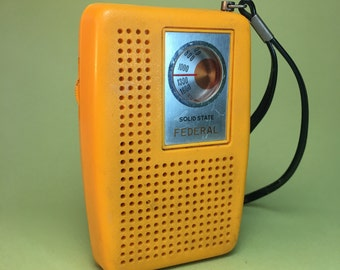 Solid State Federal AM Transistor Radio
