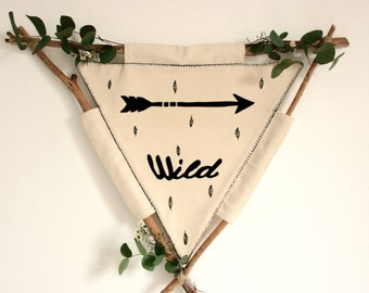 """Banner """"Wild"""" - Black and White - child decoration - Embroidery"""