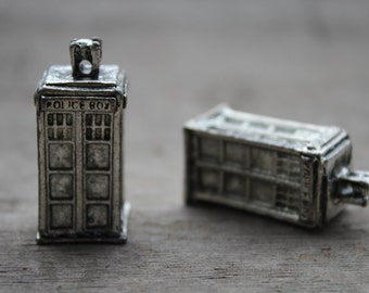 5pcs Doctor who Tardis 3D Police Box Charm Pendants Necklace silver tone D0002