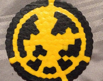 Perler Bead Hunger Games Mockingjay symbol