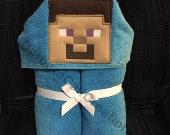 Hooded Bath Towel - Minecraft Steve