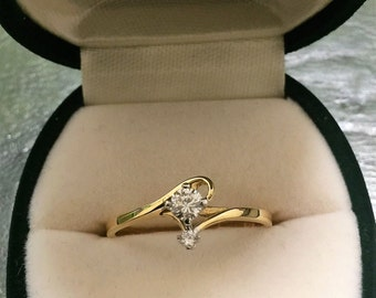 Gold and 2-stone Diamond Ring