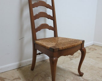 Vintage Queen Ann Ladder Back Rush Seat Side Desk Dining Chair