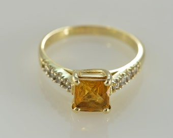 14K 1.25 CTW Square Citrine & Diamond Ring - Size 9 / Yellow Gold - EL9342