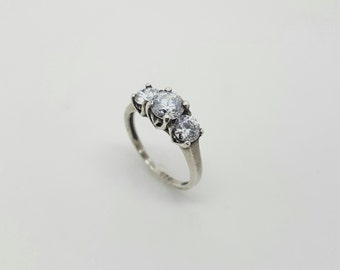 Vintage Retro Hand made Sterling Silver 925 White Stone Engagement Ring.