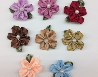 30Pcs Fancy Mini Flowers Made of Satin Whit Pearl Hair Accessor