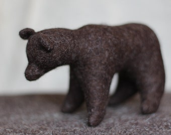 Bear //Waldorf toy //Stuffed animal //Woodland animal //Stuffed bear //Waldorf bear
