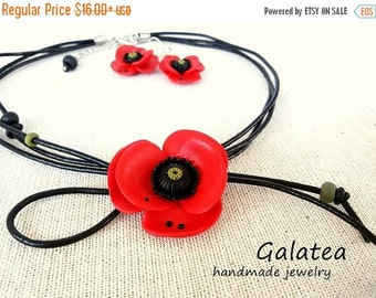 Summer SALE Poppies jewelry set, red poppy necklace, red poppies earrings, red statement necklace, red poppy jewelry, floral jewelry set, re
