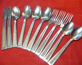 Stainless Japan Flatware 2-ButterKnives 3-dinner forks 2-teaspoons 4-tablespoons