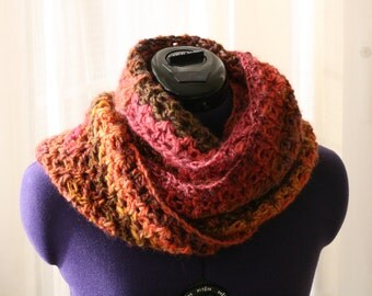 crochet cowl, infinity