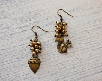 Squirrel and Acorn Earrings AR048