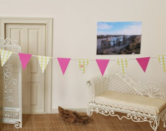 CLOSING DOWN SALE   Doll house Miniatures, 1:12 Scale Pink and Green Bunting, Doll's Party Decorations, Paper Bunting, Mini Bunting,