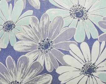 FULL ROLL - 60s/70s Retro Wallpaper - Light Blue Lavender Purple Daisies Wallpaper